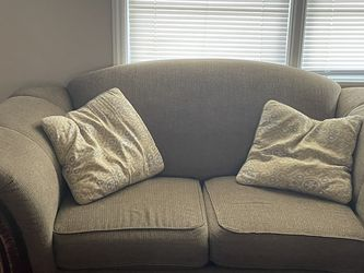 Couch/loveseat Combo for Sale in Murfreesboro,  TN
