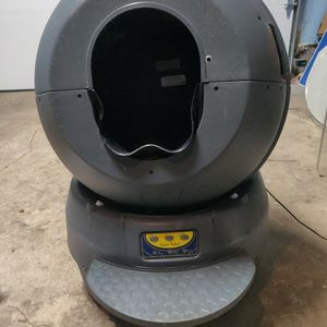 Litter Robot Automatic Cat Litter Box for Sale in Portland, OR