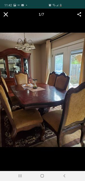 Dining table and chairs for Sale in Columbus, OH