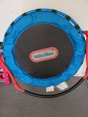Little Tikes Trampoline for Sale in Albuquerque, NM