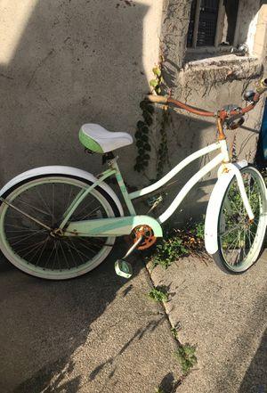 Bike cruiser huffy for Sale in Winthrop, MA