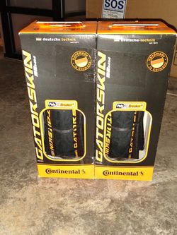 Continental PolyXBreaker Gatorskin Bicycle Tires 700x32c for Sale in Tacoma,  WA