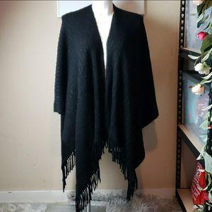 Knit Fringe Ruana One Size for Sale in Redmond, WA