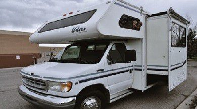 RV very clean1998 Gulf Stream Super Family Flyer for Sale in Carrollton,  TX