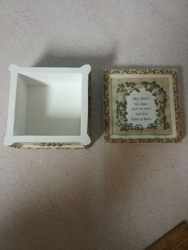 Sister box