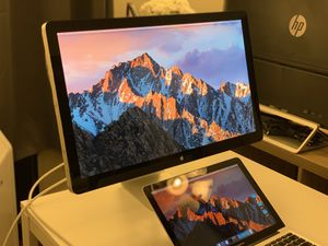 Apple 27in LED Cinema Display (MC007LL/A ), 2560x1440, USB 2.0 for Sale in Los Angeles, CA
