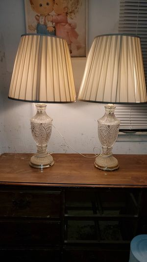 2 Vintage crystal glass lamps for Sale in Strongsville, OH
