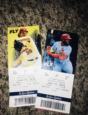 Cardinal tickets tonight's game for Sale in North County, MO