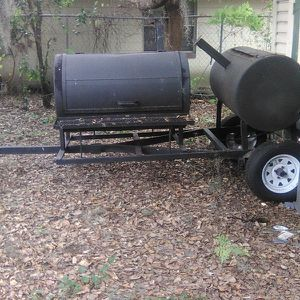 Very Big Nice Trailer Grill for Sale in Orlando, FL