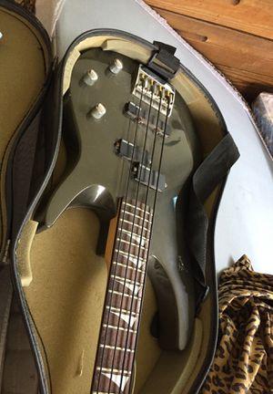 Bass guitar for Sale in Philadelphia, PA