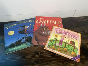 Kids books, ROOM ON THE BROOM, The GRUFFALO, PINKALICIOUS for Sale in Willow Spring, NC