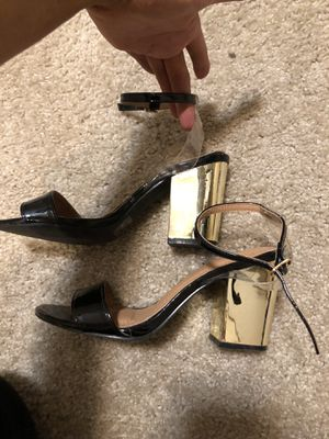 black//gold heels for Sale in Puyallup, WA