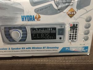 Pyle Bluetooth radio with waterproof speAkers for Sale in Columbus, OH