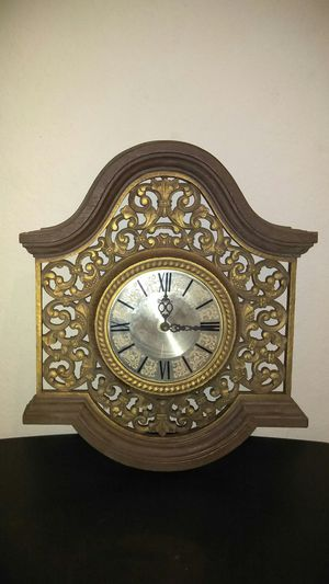 Antique clock for Sale in Schertz, TX