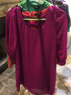 Ladies dresses size med for Sale in Wauchula, FL