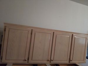 Kitchen Cabinet 8 feet for Sale in Evesham Township, NJ