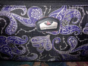 Gloria Vanderbilt carry-on luggage for Sale in Prattville, AL