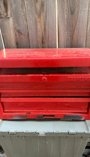 Tool box craftsman. Drawers need to be reset for Sale in Bakersfield, CA