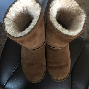 Bear paw Boots Size 8 for Sale in Portland, OR