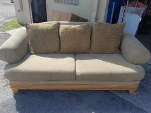 FREE COUCH FREE!! for Sale in Pompano Beach, FL