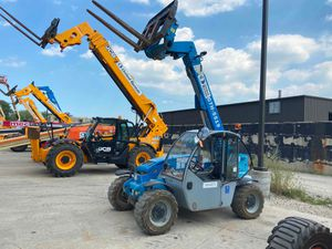 2013 Genie GTH-5519 5k reach forklift for Sale in East Chicago, IN