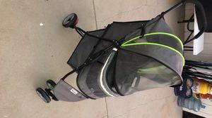 Good2go pet stroller for Sale in Montebello, CA