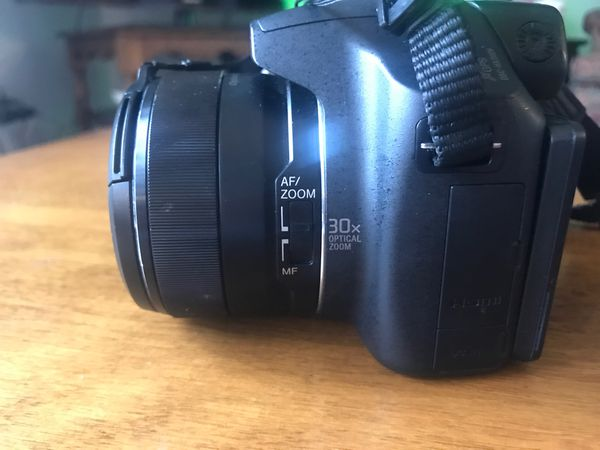Sony cyber-shot DSC-HX200V 18.2 MP