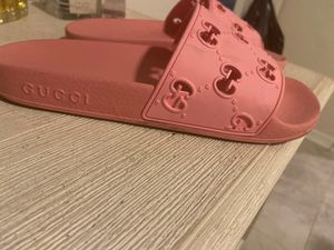 Pink Gucci slides for Sale in Kissimmee, FL