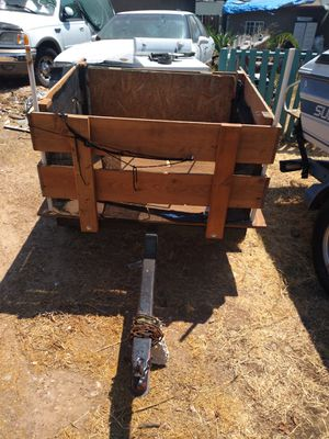 Small utility t itrailer 4 ft by 3 ft very handy for Sale in San Diego, CA