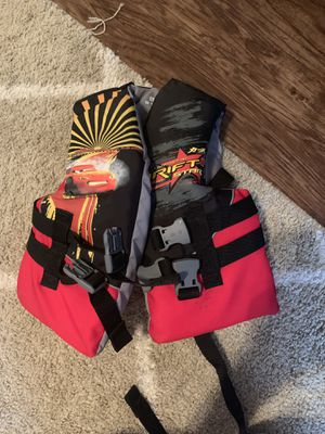 Kids life jacket for Sale in San Angelo, TX