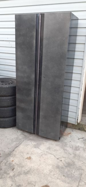 Husky cabinet for Sale in Chicago, IL