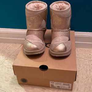 Toddler Ugggg Boots Size 11 for Sale in The Bronx, NY