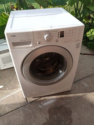 Lg washer for Sale in St. Petersburg, FL