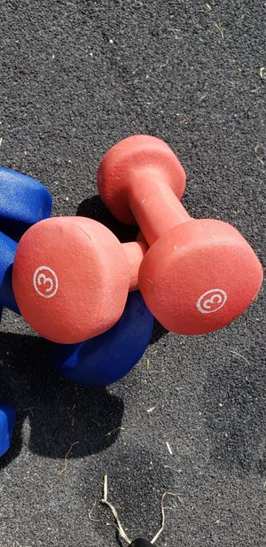 Set of 3lb Dumbbells for Sale in Queens, NY