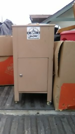 File cabinet w drawer for Sale in Riverside, CA