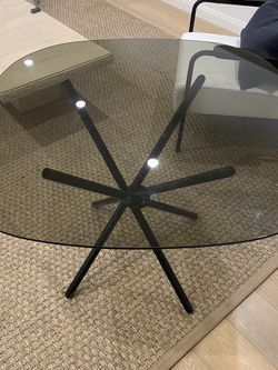 Dining Table Or Occassional Table for Sale in Beverly Hills,  CA