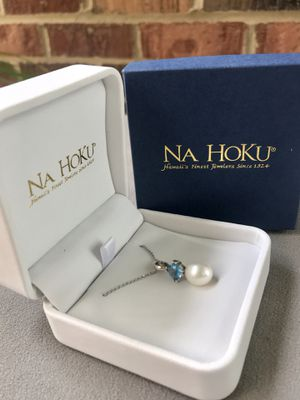 Na Hoku white gold / Blue Topaz / Pearl necklace for Sale in Annandale, VA