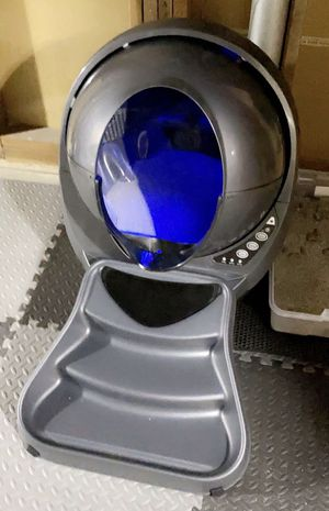 litter robot 3 connect basically brand new for Sale in St. Louis, MO