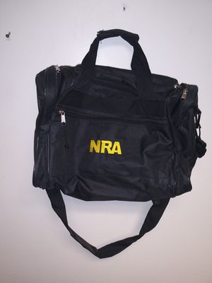 Duffle bag small gym bag for Sale in Redford Charter Township, MI