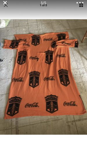 SAN FRANCISCO 2010 WORLD SERIES CHAMPIONS Giants SNUGGIE COCA-COLA With Pocket costume ? for Sale in Portland, OR