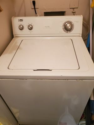 Whirlpool Estate Washer & Dryer. Needs to Go ASAP for Sale in Marietta, GA