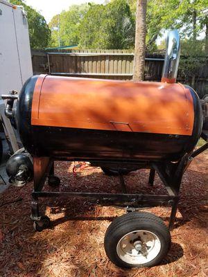 Motorized BBQ/smoker grill for Sale in Saint Petersburg, FL