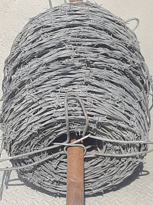 80 LBS COMMERCIAL BARBED WIRE for Sale in Allen Park, MI