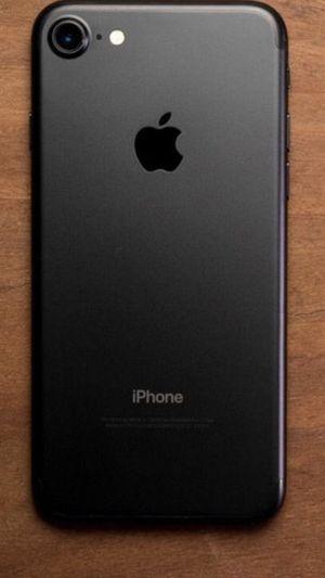 iPhone 7 fully unlocked like new! for Sale in Fairfax, VA