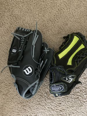 Baseball gloves for Sale in Nashville, TN