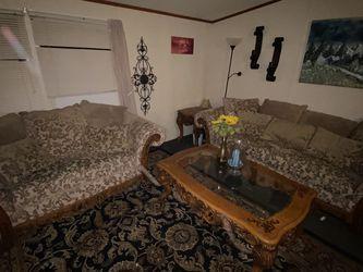 Ornate Solid Oak Furniture Set for Sale in Mesquite, TX