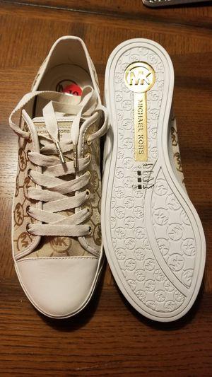 Women's Michael Kors Shoes (Size 10) for Sale in Kent, WA