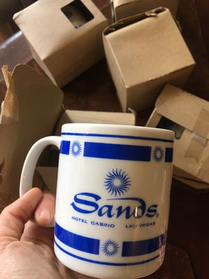 Six sands soccer mugs for Sale in Burr Ridge, IL