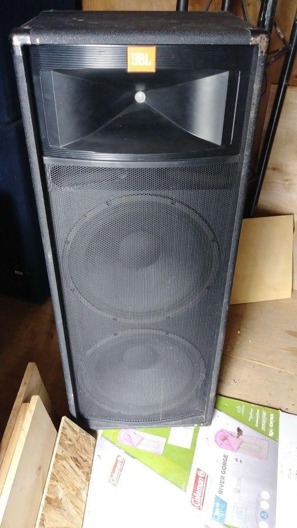 jbl speaker for sale in caldwell id offerup. Black Bedroom Furniture Sets. Home Design Ideas