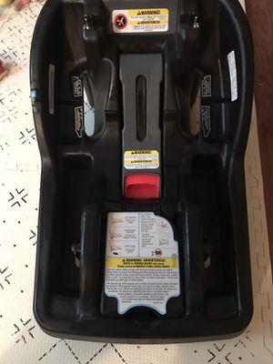 Graco Snugride Snuglock Car Seat Base for Sale in Woodbury, MN